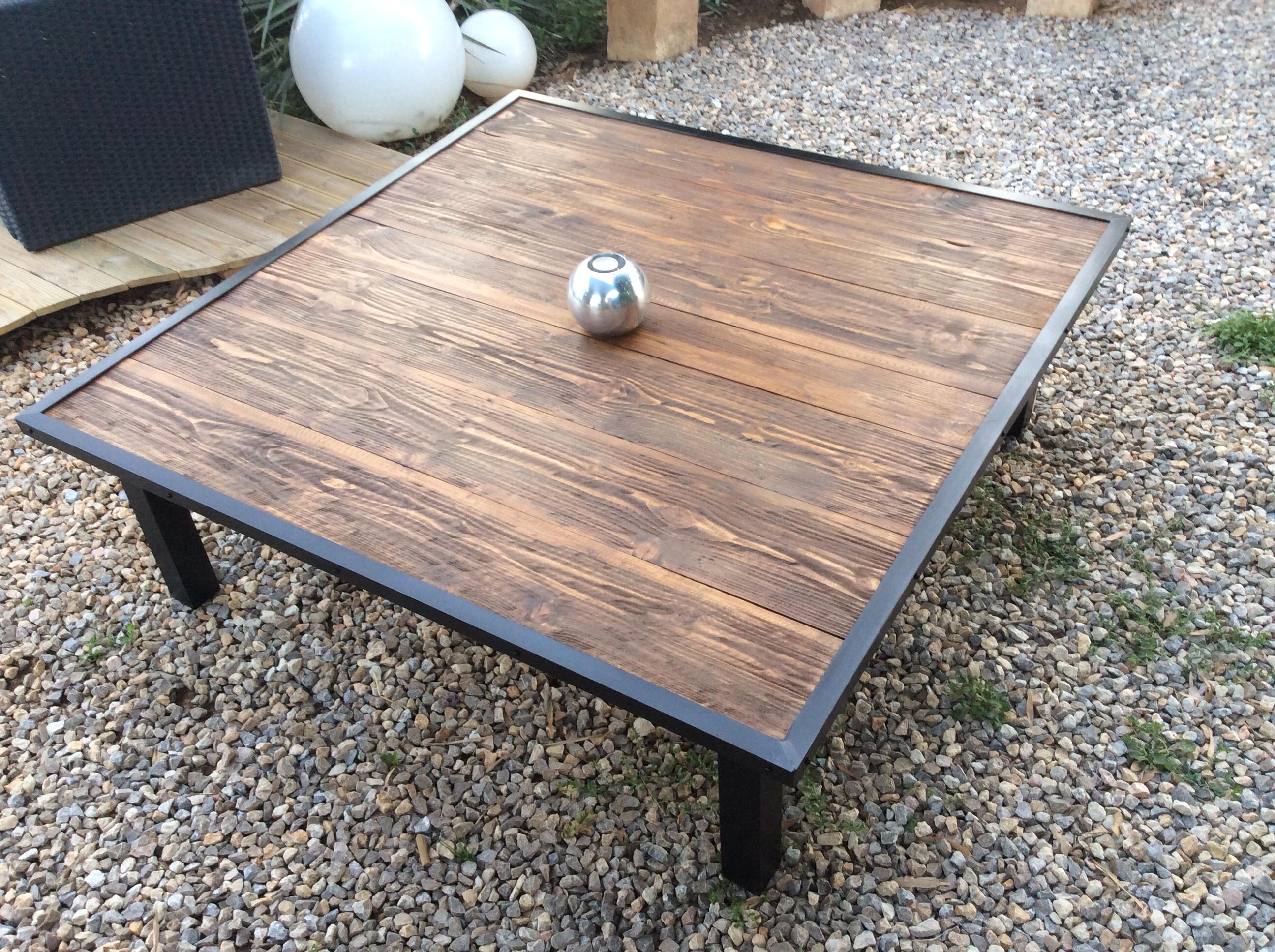 Designbois for Table exterieur bois et metal