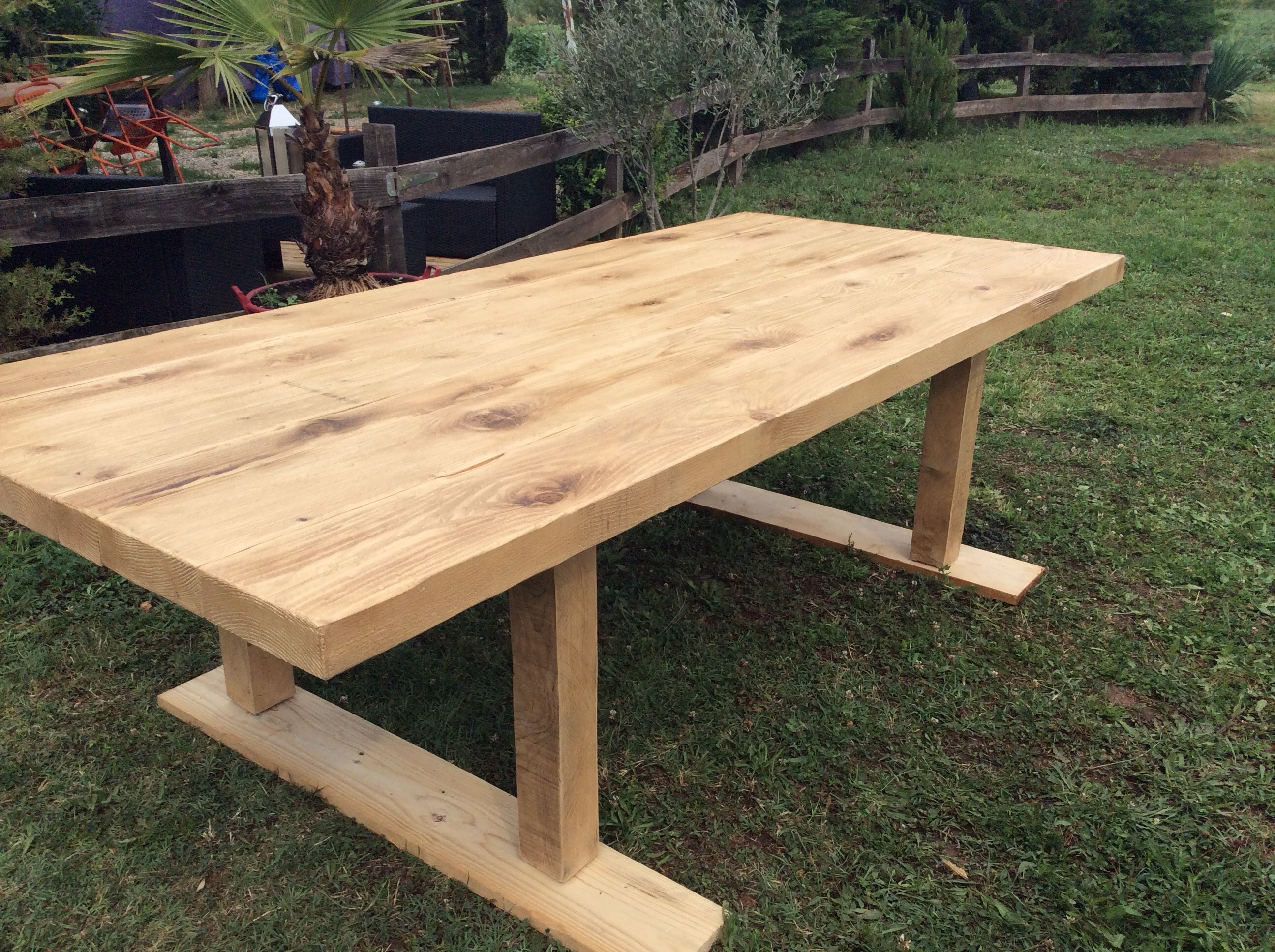 Table bois exterieur meilleures images d 39 inspiration for Table exterieur diy